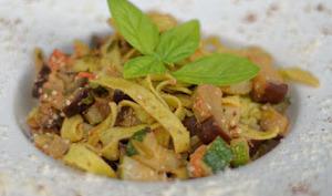Pâtes fraîches au basilic et duo de légumes grillés