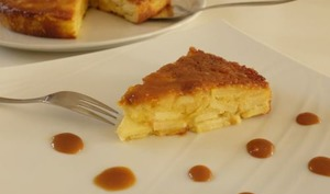 Moelleux aux pommes et caramel beurre salé