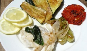 Dos de cabillaud au basilic et légumes à la plancha