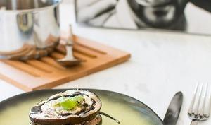 Millefeuille d'aubergines, agneau, ricotta, et balsamique à la menthe