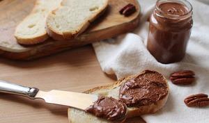 Pâte à tartiner express aux noix de pécan et sirop d'agave
