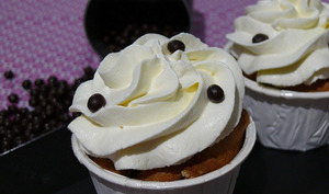 Cupcakes Mûre Myrtille et Chantilly de Mascarpone