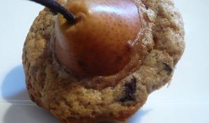 Poire enlacée par un muffin chocolaté