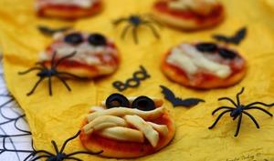 Mini-pizzas momies pour Halloween