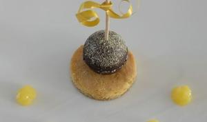 Tarte au chocolat revisitée en sucette acidulée