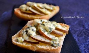 Ciabattas grillées aux poires et bleu d'Auvergne