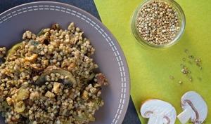 Poêlée de graines de sarrasin aux champignons