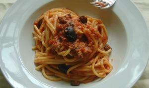 Spaghetti alla strombolana