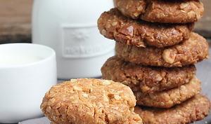 Biscuits Anzac aux noix de macadamia