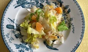 Salade croquante d'endives, clémentines et sésame