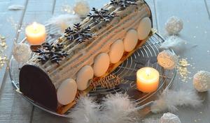Bûche à la Vanille Bourbon, poire et caramel au beurre salé