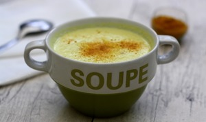 Crème de chou fleur au lait de coco et curry