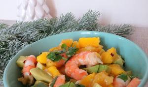 Salade de crevettes, avocat, orange et mangue