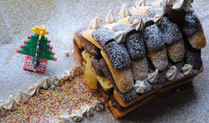 Maison de Noël en gâteau