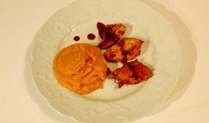 Poulet sauce cacahuètes caramel et purée de patates douces aux épices
