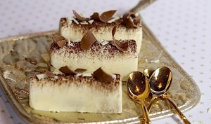 Mini bûches tiramisu aux 3 chocolats