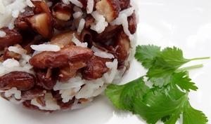 Riz aux haricots rouges frits du Nicaragua
