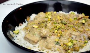 Piccata de veau, sauce crémeuse aux chicons, roquefort et pistaches
