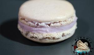 Macarons mûres violette