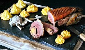 Magret grillé au four farci de foie gras