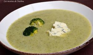 Soupe au brocoli et au bleu d'Auvergne