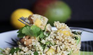 Taboulé exotique au quinoa, mangue et avocat