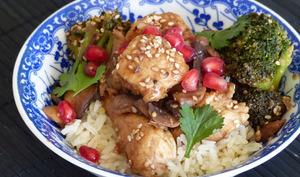 Poulet au jus de grenade et riz au gingembre
