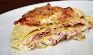 Lasagnes aux chicons et à la pancetta grillée, béchamel au bleu de Bresse