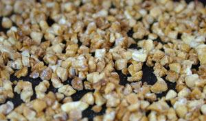 Torréfier des amandes des pistaches ou des noisettes