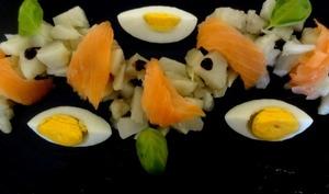 Salade de topinambours, saumon fumé et oeufs