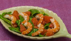 Salade de mâche, pomelo et crevettes