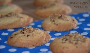 Biscuits aux noisettes en poudre