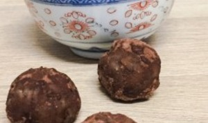 Energy balls orange choco