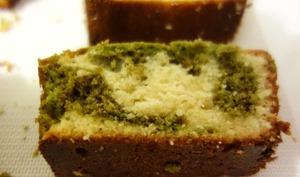 Cake marbré matcha chocolat blanc