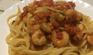 Spaghettis aux crevettes et fenouil sauvage