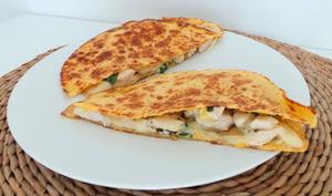 Quesadillas au poulet et à la mozzarella