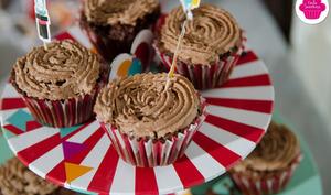 Cupcakes chocolat avec chantilly au chocolat
