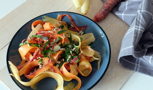 Salade de carottes multicolores