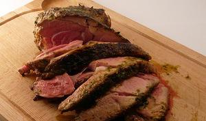 Gigot d'agneau grillé