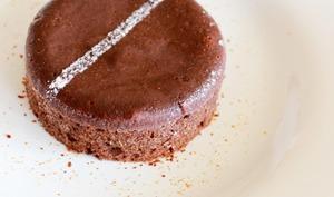 Gâteau au chocolat juste coulant de Philippe Conticini