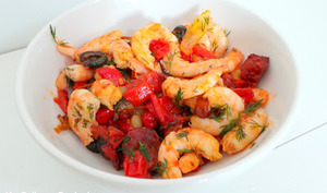 Crevettes sautées aux poivrons, chorizo, olives, aneth