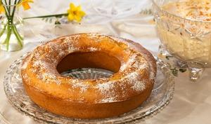 Le gâteau moulé du dimanche et sa crème Mauricette