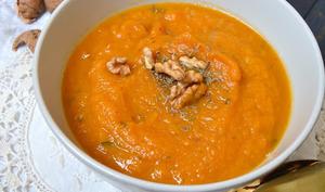 Velouté de carotte, céleri rave et patate douce