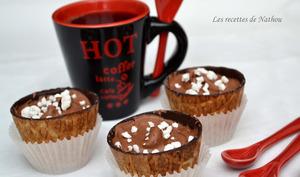 Cups à la mousse au chocolat et éclats de meringue