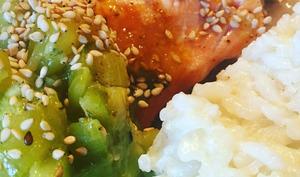 Filet de saumon au miel et au sésame