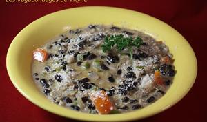 Soupe de haricots noirs et coco