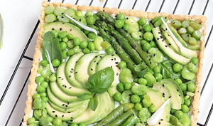 Tarte printanière : pâte à l'huile d'olive et légumes verts