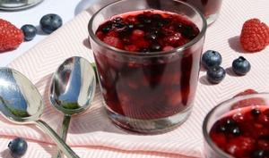 Verrines acidulées thé d'agrumes et fruits rouges