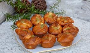 Bouchées apéritives chèvre, olives et romarin