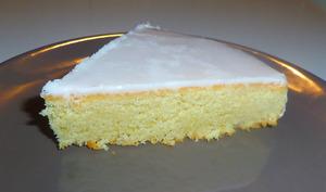 Gâteau nantais glacé: Amandes et rhum ambré
